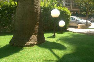 תאורה לדשא סינטטי