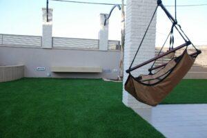 דשא סינתטי למרפסת ולפינות ישיבה