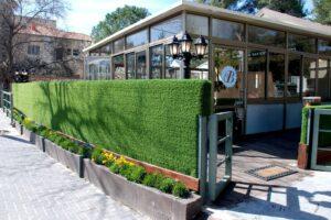 דשא סינתטי לבתי קפה