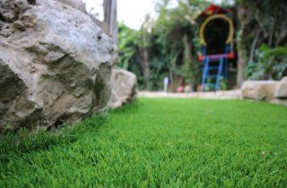 דשא סינטטי בבית שמש