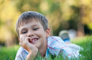 דשא סינטטי – כיצד בוחרים נכון?