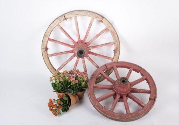 גלגל כרכרה עתיק en